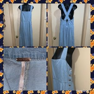 FREE PEOPLE JUMPSUIT CROP LIGHT DENIM FARA SZ 12